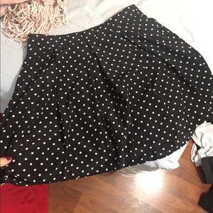Polka dot skirt!!